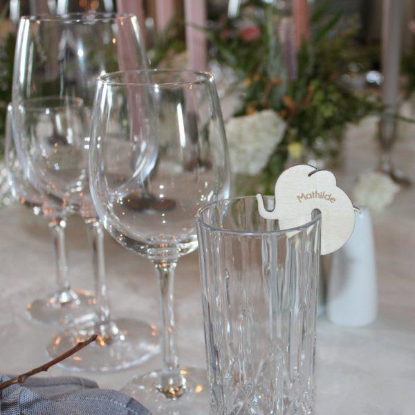 Bordkort glas elefant birk