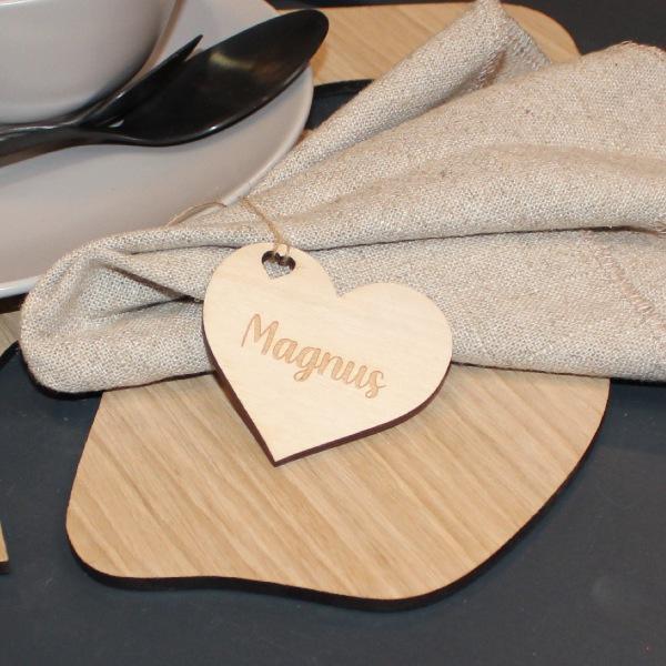 Bordkort hjerte med hjertehul